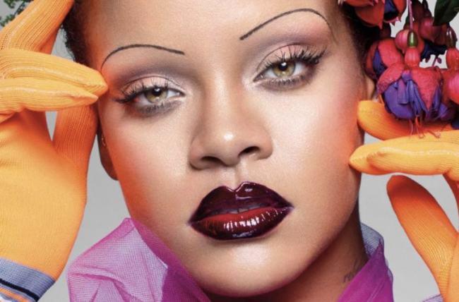 Rihanna biografia fotografica