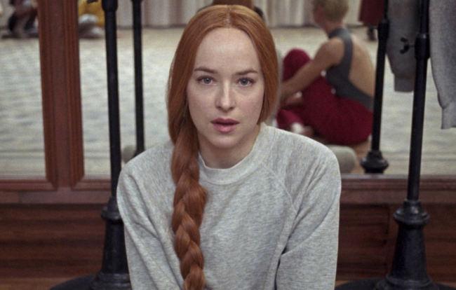 Dakota Johnson nel film Suspiria di Luca Guadagnino