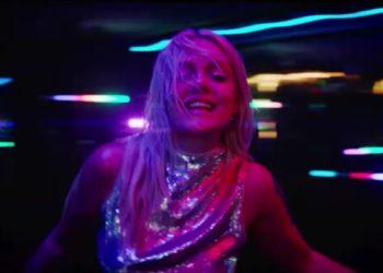 """Tove Lo nel video musicale del brano promozionale """"cycles"""""""