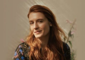Immagine ufficiale dell'album High as Hope dei Florence and The Machine