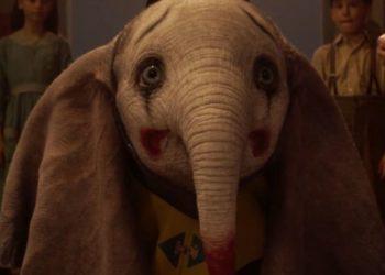 Dumbo in una scena del nuovo film di Tim Burton