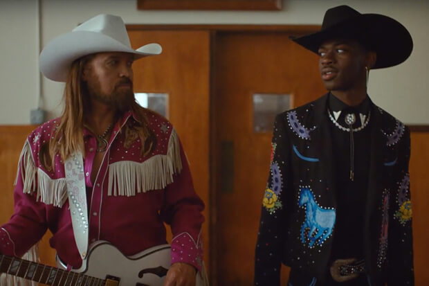 video musicale Old Town Road con Lil Nas X e Billy Ray Cyrus
