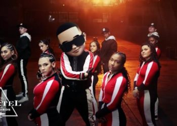 Daddy Yankee Con Calma Video