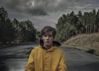 Jonas Kahnwald interpreta uno dei protagonisti della serie