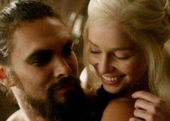 Jason Momoa Emilia Clarke insieme video