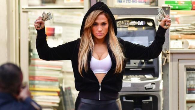 Jennifer Lopez e Cardi B ballerine di lap dance nel trailer di Hustlers