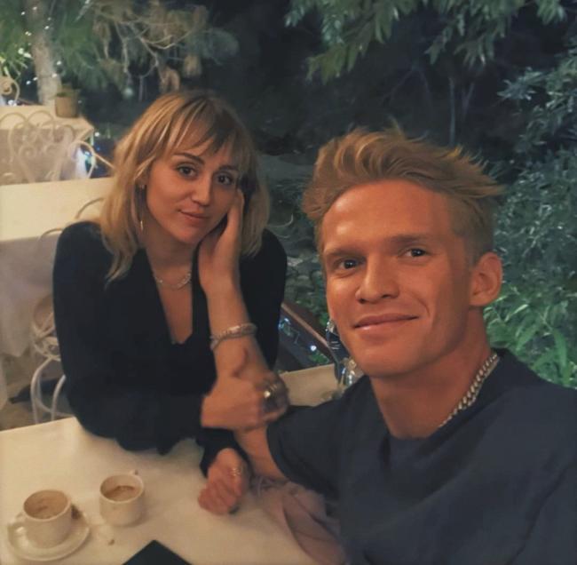 Cody Simpson e Miley Cyrus a cena insieme