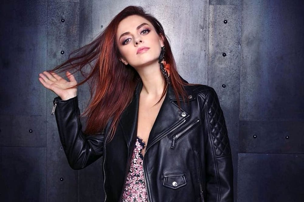 Annalisa Vento sulla Luna nuovo singolo