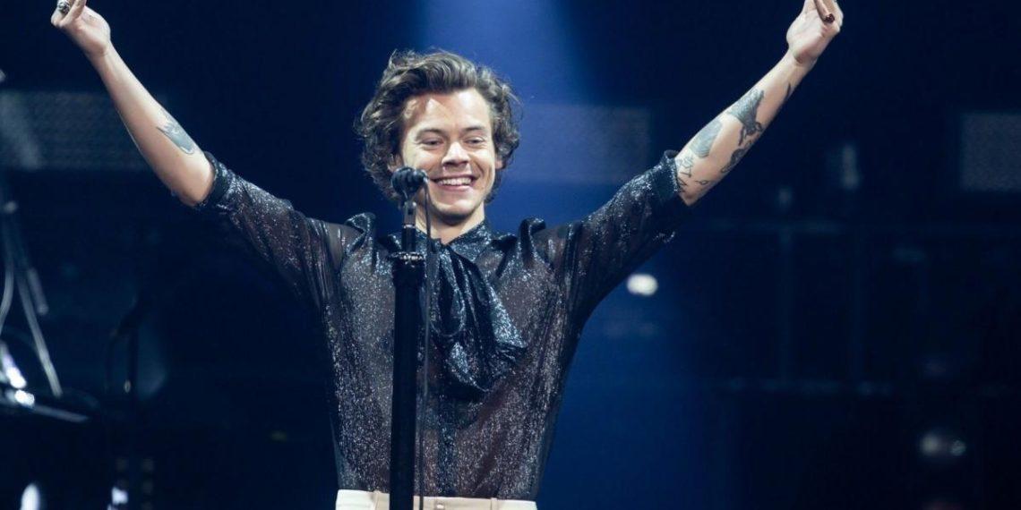 Harry Styles annuncia tour 2020