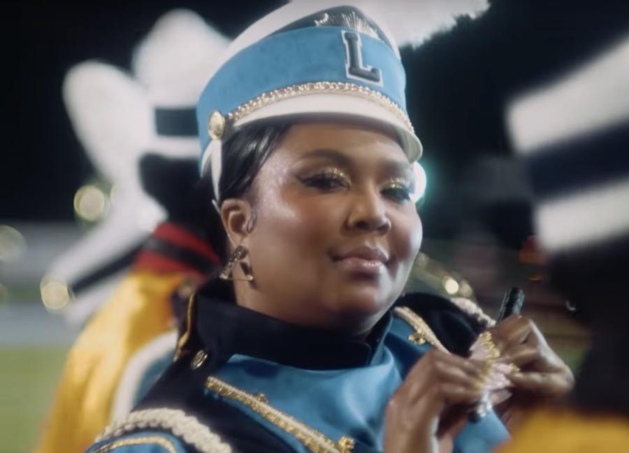 Lizzo nel secondo video di Good As Hell