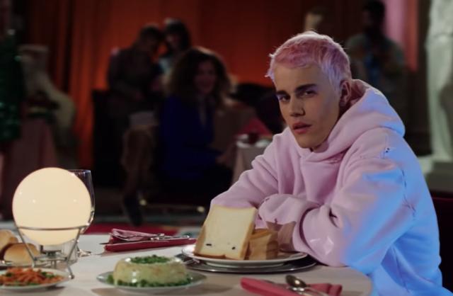 Justin Bieber nel video di Yummy