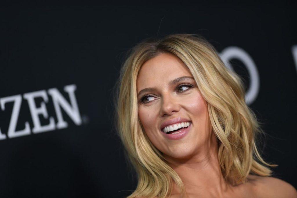 Scarlett Johansson come donna più bella del mondo nel 2020