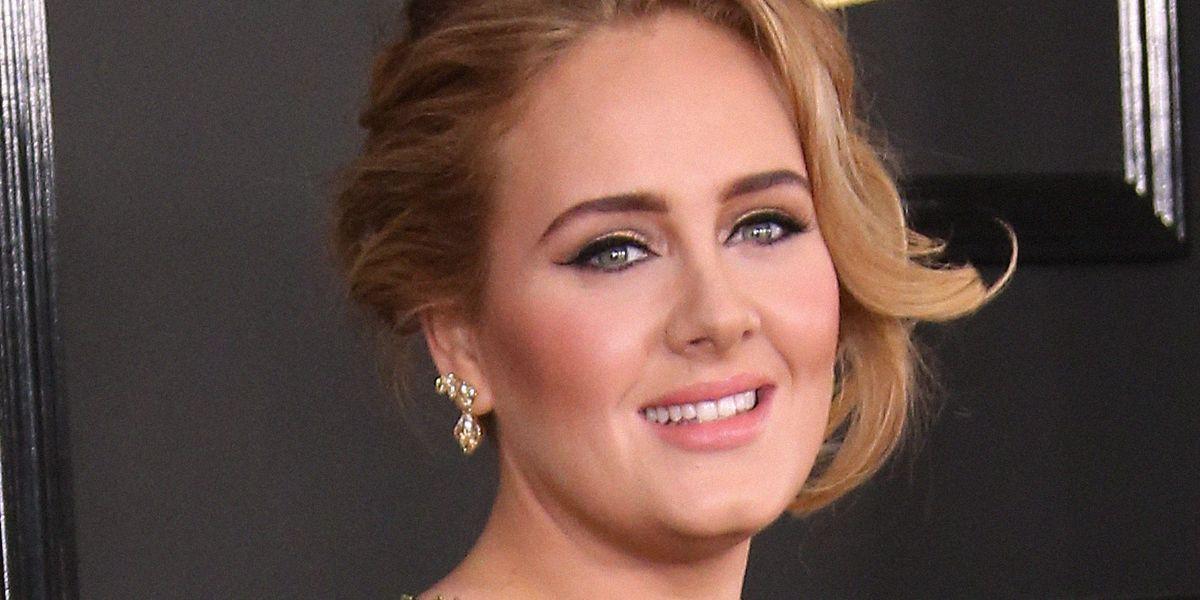 Il nuovo album di Adele uscirà a settembre (forse)