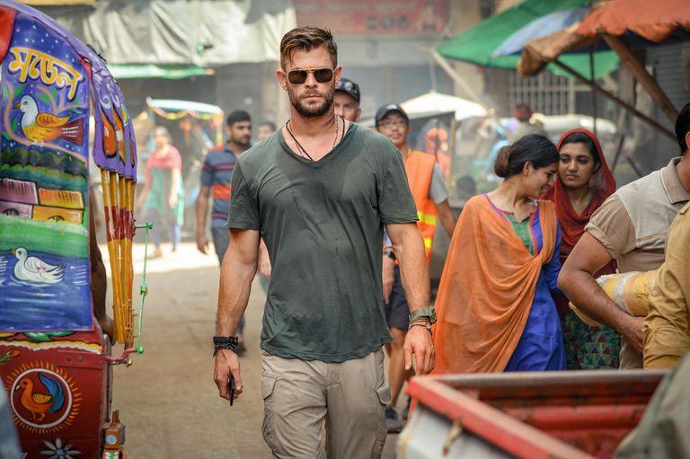 Chris Hemsworth nei panni di Tyler Rake