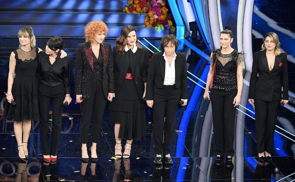 Fiorella Mannoia, Gianna Nannini, Laura Pausini, Alessandra Amoroso, Emma Marrone, Elisa e Giorgia, Una nessuna centomila