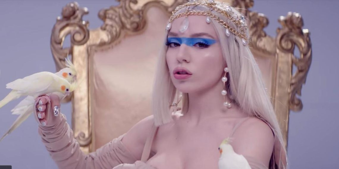 Ava Max Kings & Queens Video