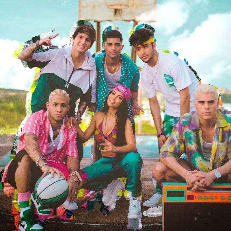 CNCO e Natti Natasha nella foto per il singolo Honey Boo