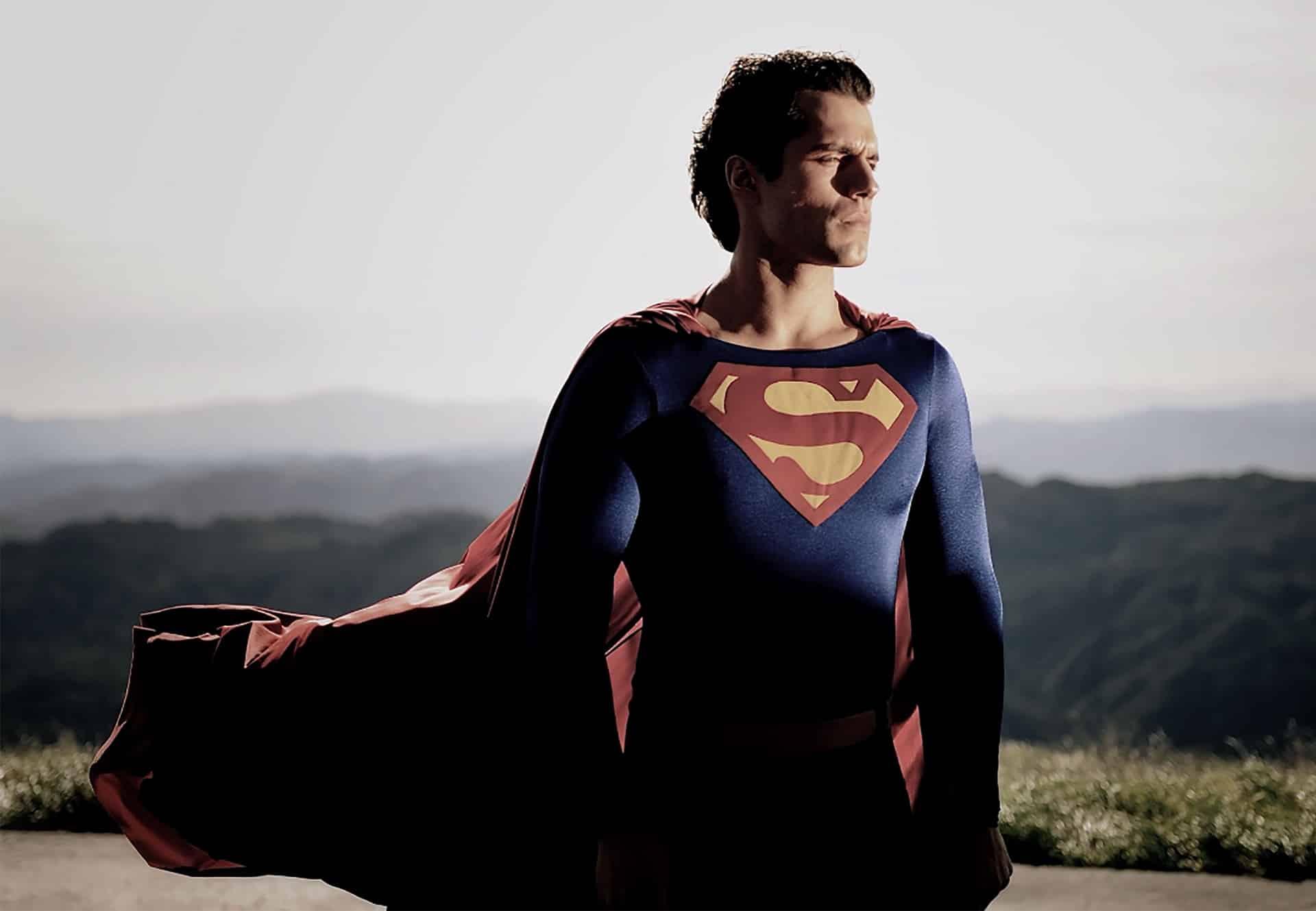 Henry Cavill tornerà nei panni di Superman