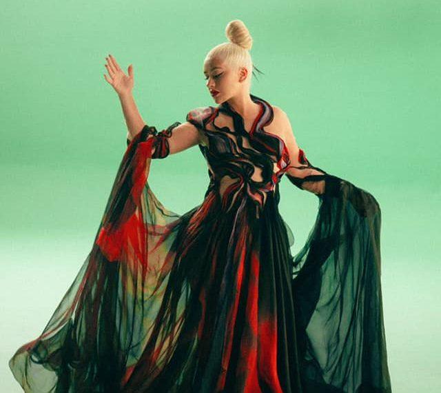 Christina Aguilera look video Mulan