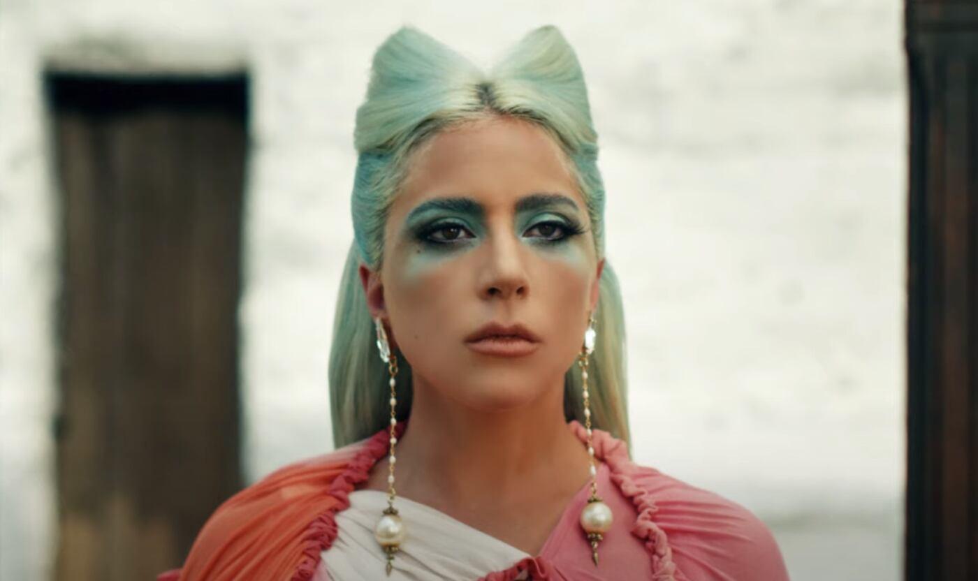 """Lady Gaga pubblica un pacchetto pieno di Remix di """"911"""""""