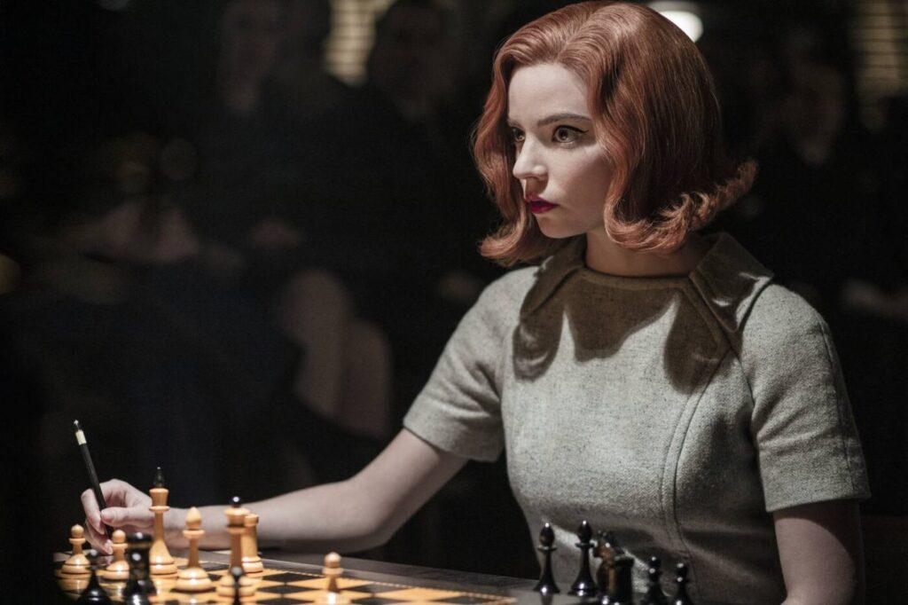 la regina degli scacchi recensione netflix