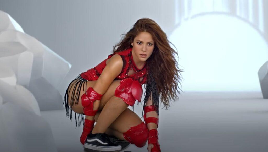 Shakira Girl Like Me Video skateboard
