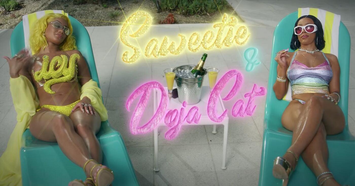 Saweetie e Doja Cat nel video di Best Friend