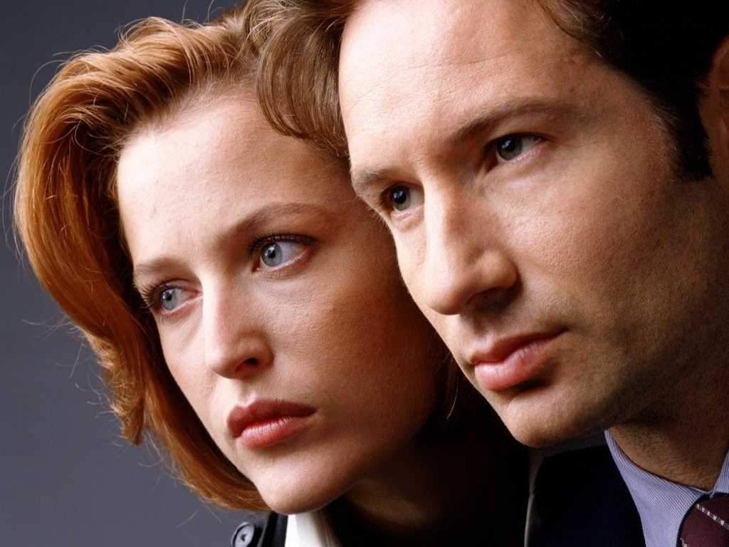 Fox Mulder e Dana Scully in X-Files