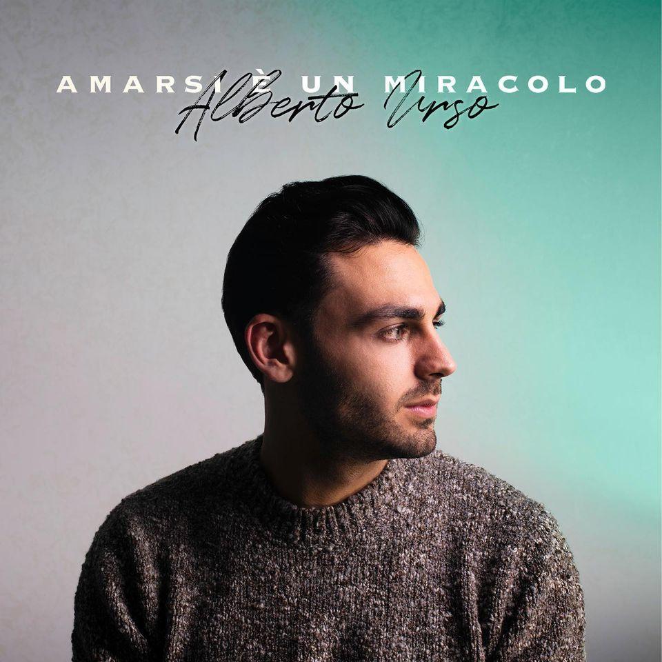Il cantante Alberto Urso