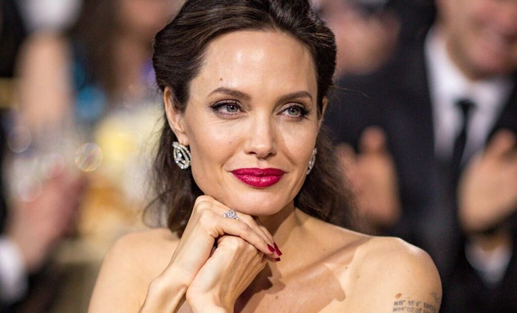 Angelina Jolie ad un evento di gala