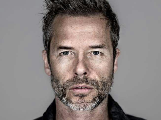 guy pearce sarà Richard Ryan in Mare of Easttown