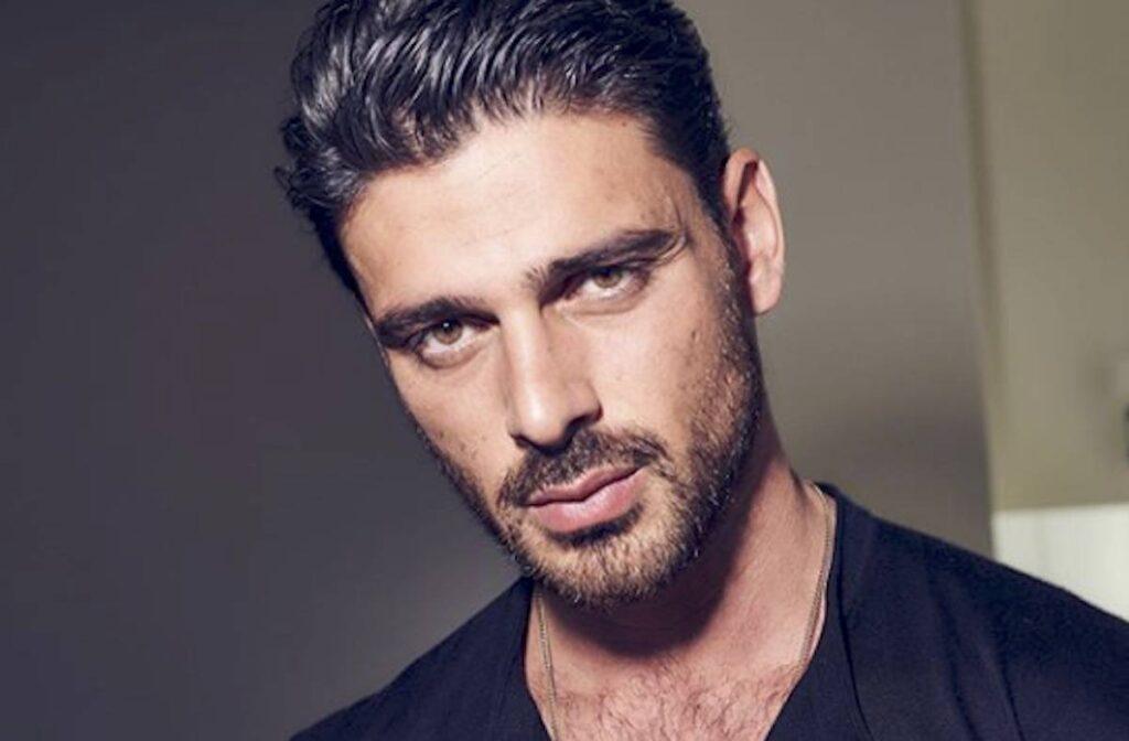 L'attore Michele Morrone