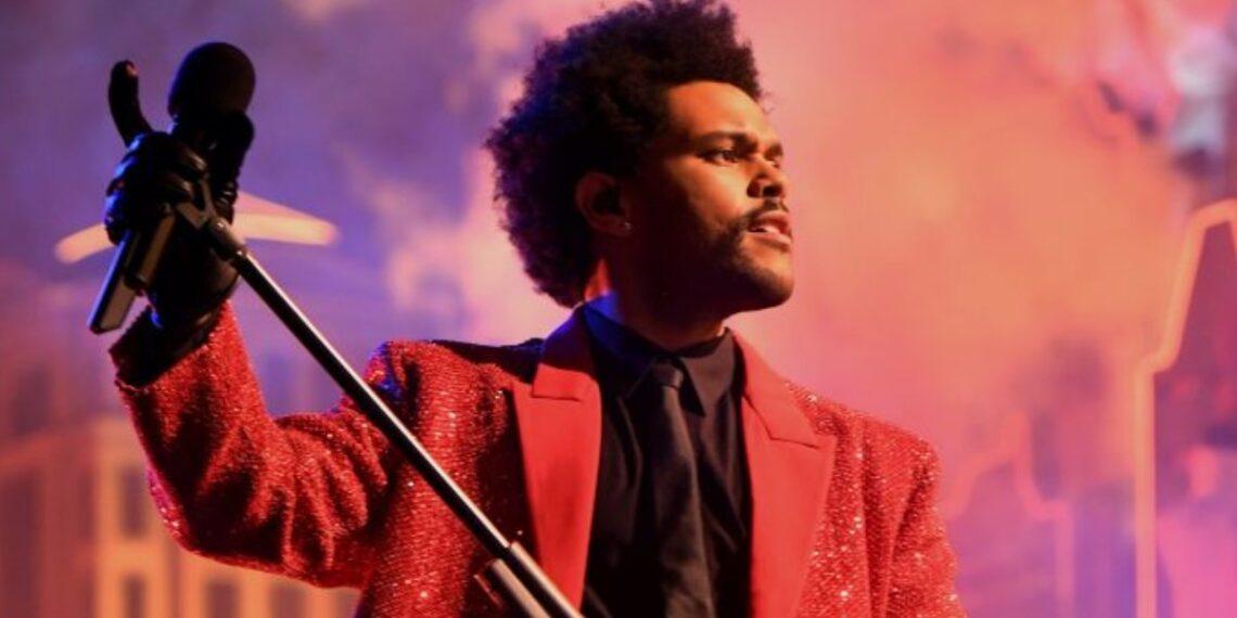 The Weeknd commenti esibizione Super Bowl