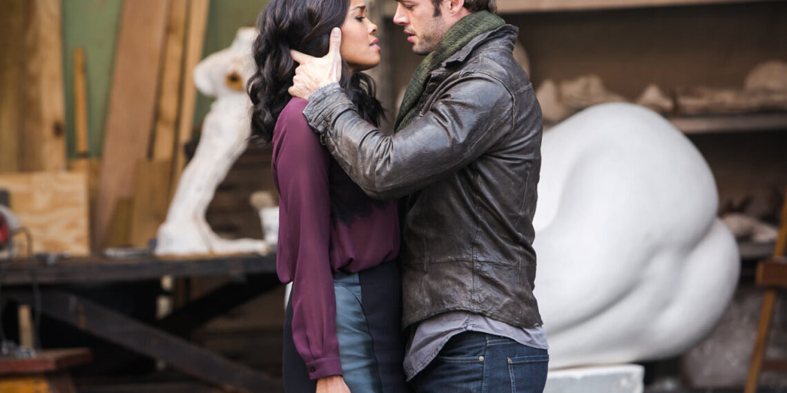 Sharon Leal e William Levy in Addicted