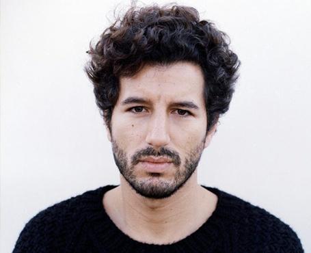 L'attore Francesco Scianna interpreterà Carlo Ristuccia nella serie A casa tutti bene