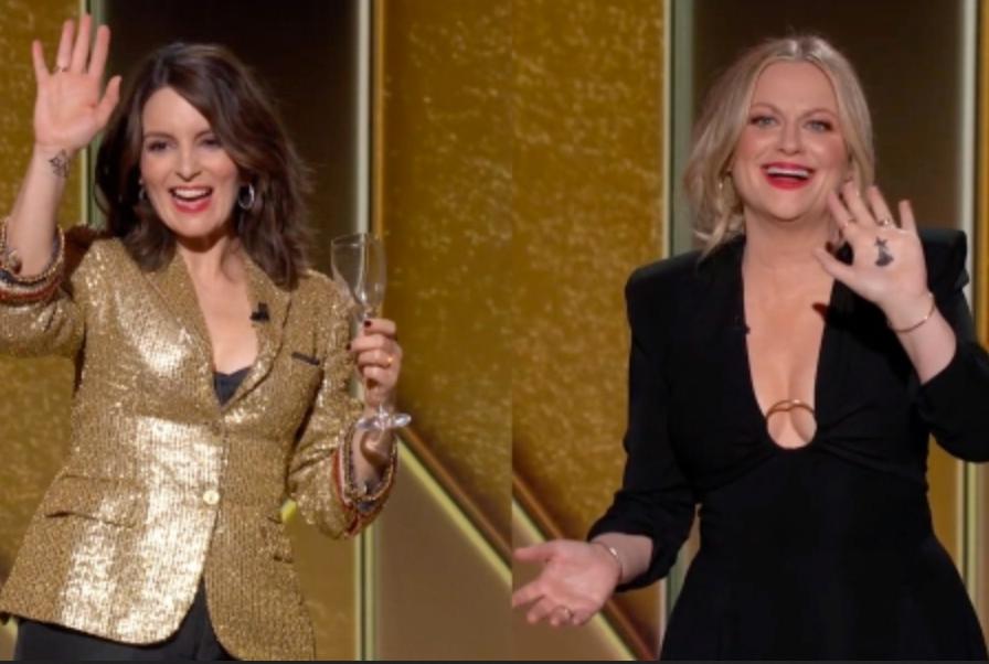 Tina Fey e Amy Poehler durante la conduzione dei Golden Globe 2021