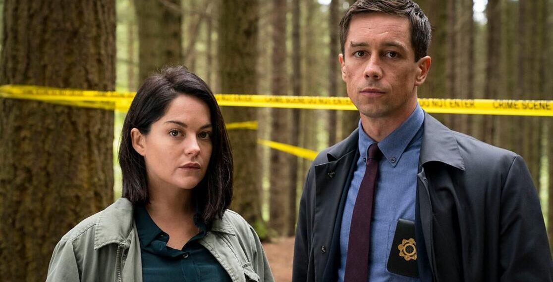 Killian Scott e Sarah Greene in una scena di Dublin Murders