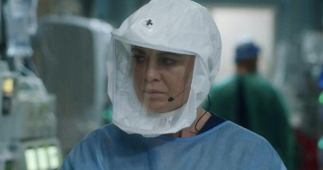 Ellen Pompeo in una scena di Grey's Anatomy 17