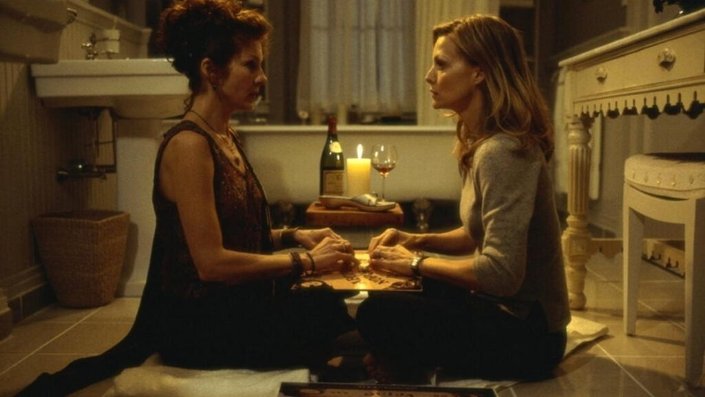 Michelle Pfeiffer in una scena di Le verità nascoste
