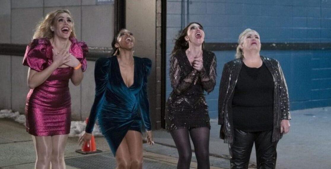 Il cast della serie Girls5eva