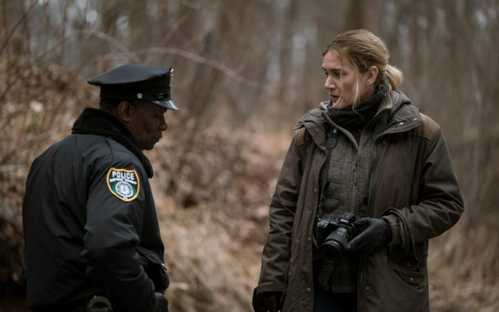 Kate Winslet nella miniserie Omicidio a Easttown