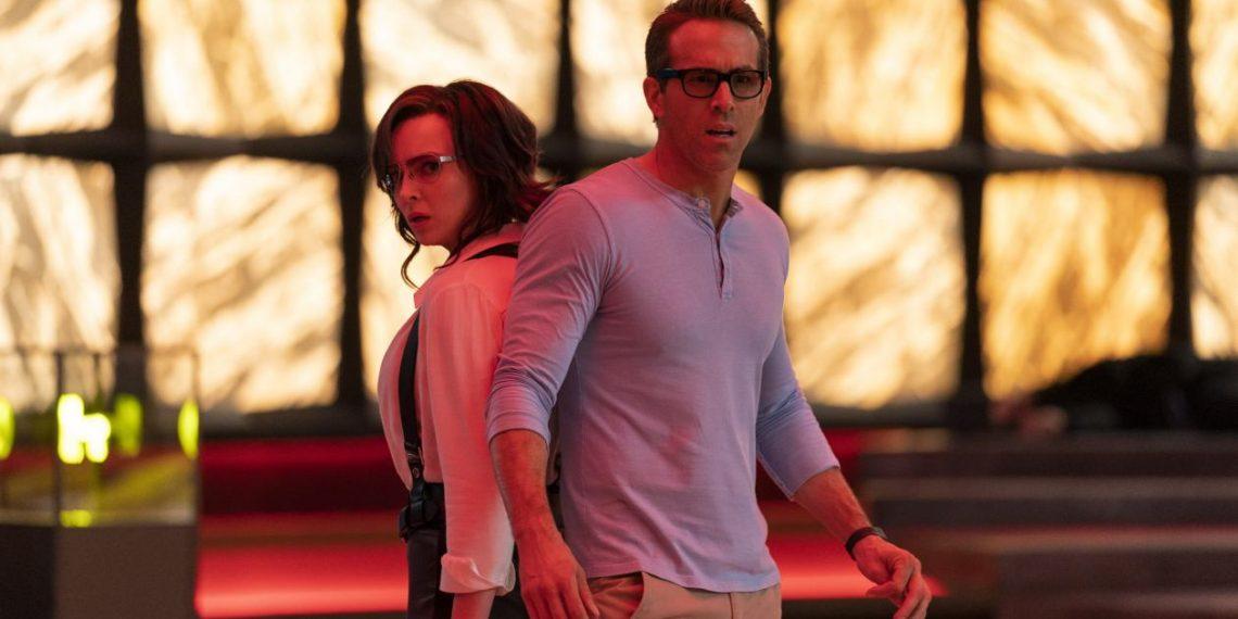Ryan Reynolds e Jodie Comer in Free Guy - Eroe per gioco