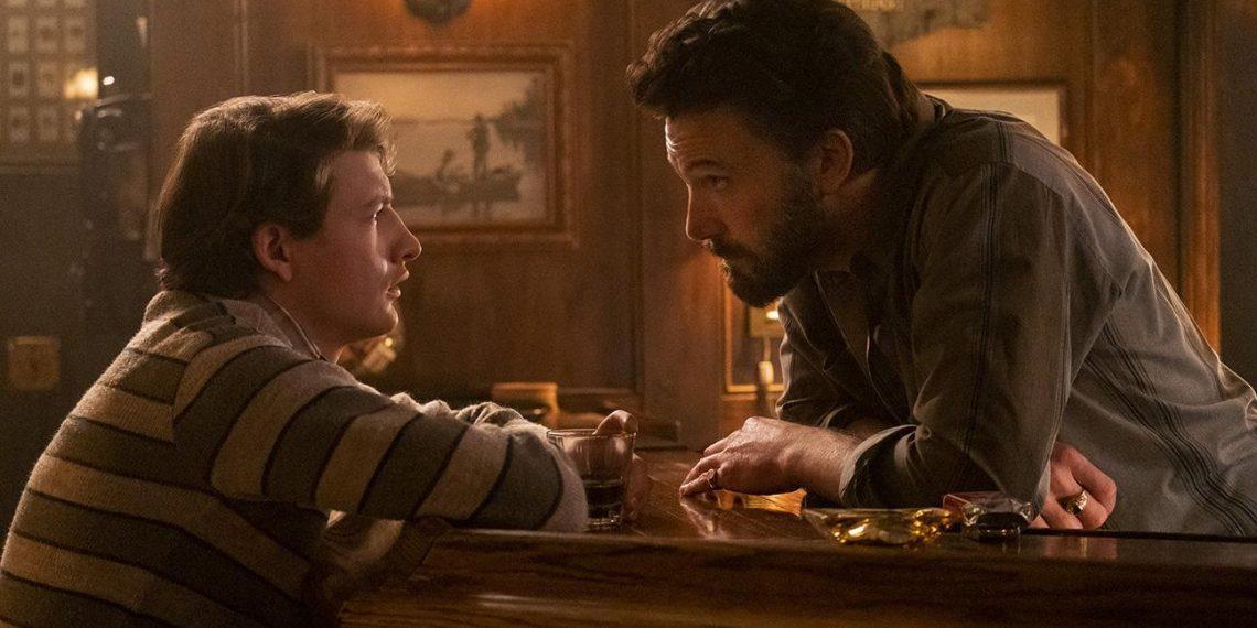 Ben Affleck in una scena di The Tender Bar